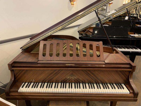 Piano à queue Erard